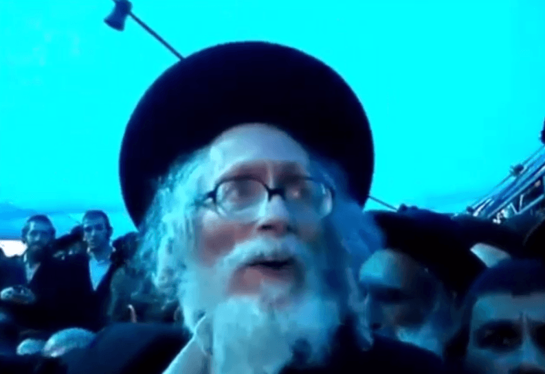 """אליעזר ברלנד מנסה להחיות את רבי אלעזר אבוחצירא זצ""""ל ולהוציאו מקברו צפו"""