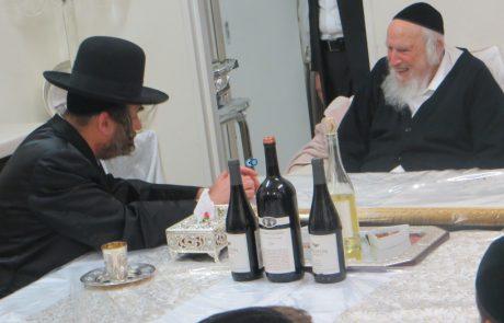 הרב משה מרדכי קארפ מכחיש את מה שהיה בקבר רחל, ושובו בנים ממשיכים להאכיל את הציבור בשקרים